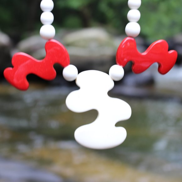 Jewelry - [5/$25] Teacher Abstract Art Artist Necklace
